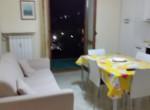divano e tavolo